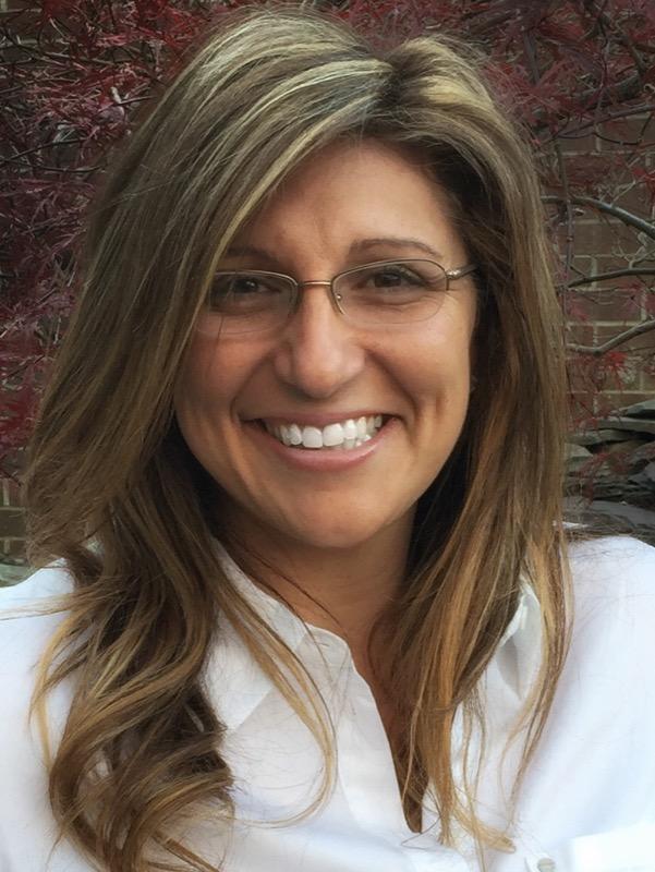 Lynn Tsaousis