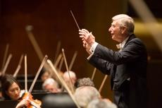 Herbert Blomstedt conducting the New York Philharmonic Photo: Chris Lee